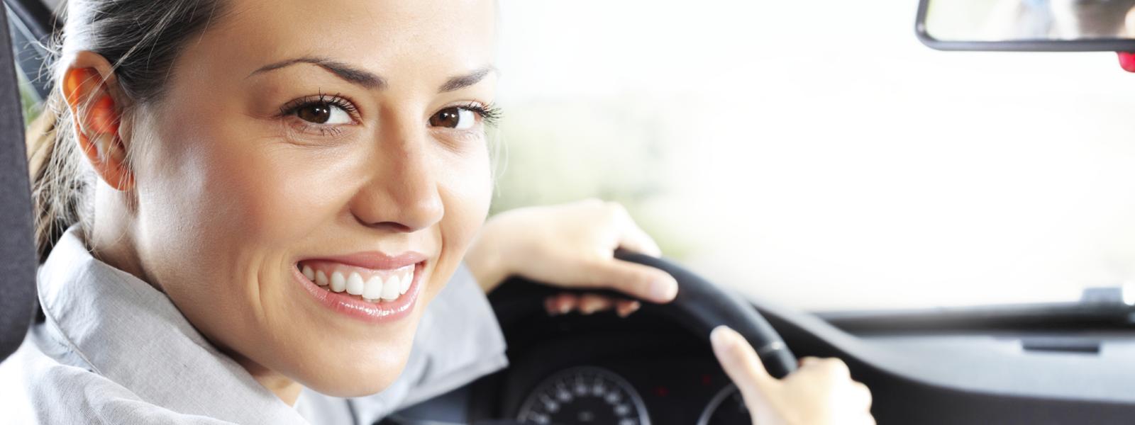 Ahorrá hasta 40% por año en tu Seguro de Auto.